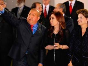 Cristina viaja a la Cumbre del Mercosur que oficializará el ingreso de Venezuela