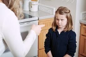 10 frases que pueden traumar a tus hijos de por vida