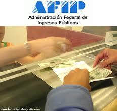 AFIP pone mas limites a la compra de dolares para viajar