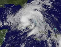 Video: El huracán Isaac no está ni a la mitad de terminar