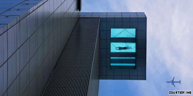 La piscina de cristal mas alta del mundo