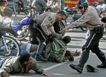 2 de cada 3 venezolanos tiene miedo a ser atacado o asesinado