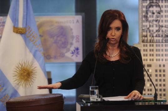 """CFK: """"Mientras sea Presidenta,se podrán quedar con la Fragata, pero no con la soberanía del País"""""""