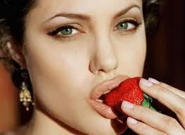Angelina Jolie con hepatitis C ??