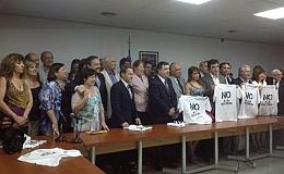 107 diputados firmaron un acuerdo contra la re-re