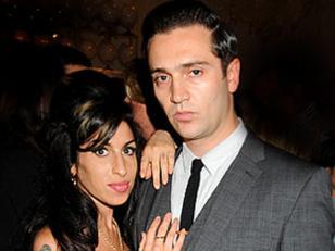 Enjuician por violación al último novio que tuvo Amy Winehouse