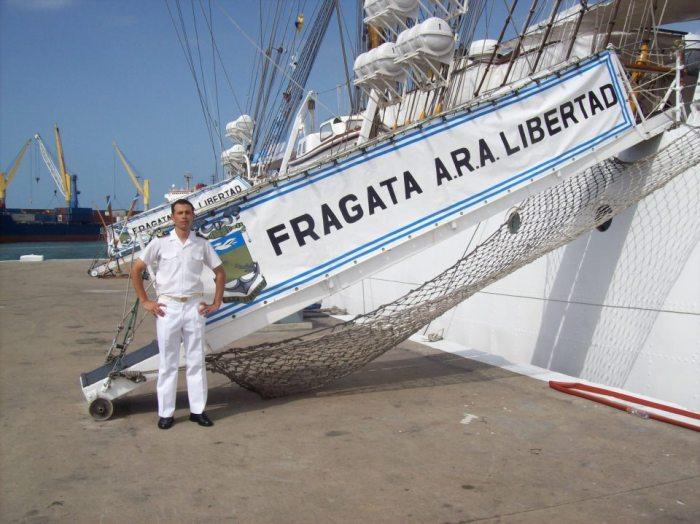 El 9 de enero estaría la fragata Libertad en Argentina