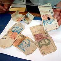 Qué se debe hacer con los billetes rotos quemados o humedecidos