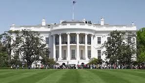 """Departamento de Estado de EE.UU desea una """"rápida recuperación"""" a Chávez"""