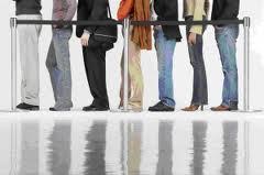 En Buenos Aires prohiben por ley que las colas de espera superen los 30 minutos
