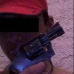 Fotos de menores armados en Facebook causan conmoción en las redes sociales