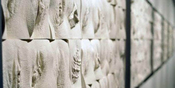 Inauguran La Gran Muralla de las Vaginas