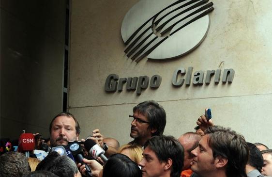 El Gobierno notificó a Clarín el inicio de la transferencia de oficio