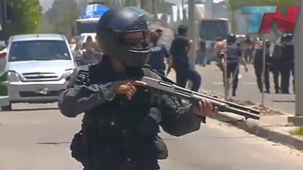 Incidentes y Saqueo en un supermercado de San Fernando