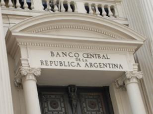 El BCRA regulará a empresas de caudales, remesas y pago de servicios
