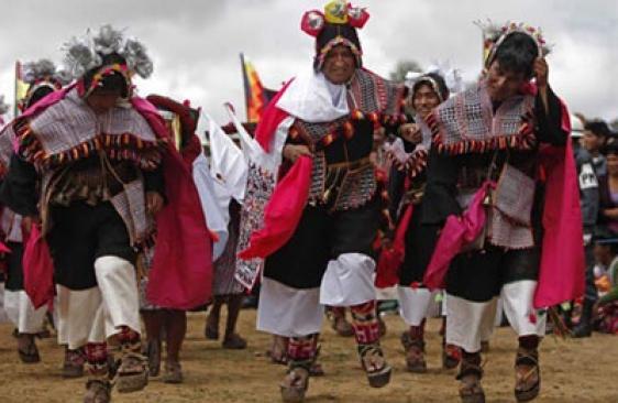 Ceremonia de desentierro del pujllay