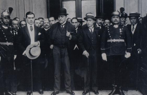 El 10 de febrero: Ley Sáenz Peña: voto universal, secreto y obligatorio