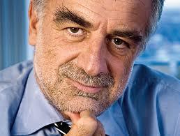 Moreno Ocampo cree que Irán usaría el acuerdo para ocultar a autores del atentado
