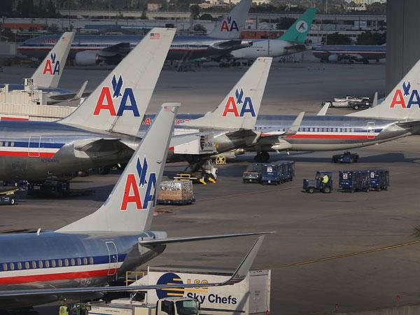 American Airlines y US Airways crean la aerolínea más grande del mundo