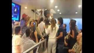 Video: El escrache a Axel Kicillof en buquebus regresando de Uruguay