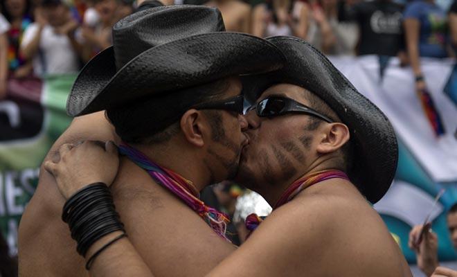 Francia aprobó el matrimonio homosexual