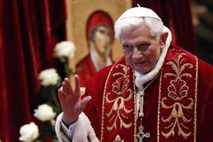 El Papa renunció tras un informe sobre sexo y corrupción en la Iglesia