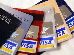 Aumentaron en casi un 70% las compras con tarjetas de crédito en el exterior