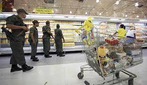 Venezuela: psicosis de consumo en los supermercados para enfrentar la megadevaluación del 46%