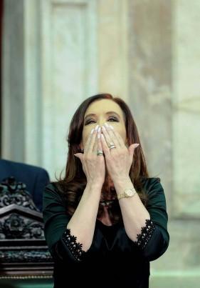 """Cristina: """"Desarrollo y crecimiento"""" fueron las claves de una """"década ganada"""""""