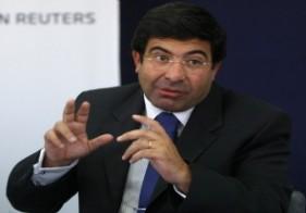 Echegaray dice que el recargo del 20% no es un impuesto el régimen para la compra de servicios turísticos