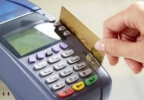 Desde hoy las compras con tarjeta en el exterior deberán pagar un recargo del 20%