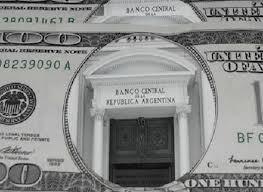Las reservas del Banco Central cayeron u$s2 mil millones en los primeros meses del 2013