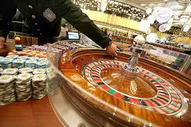 El cepo al dólar llega a los casinos