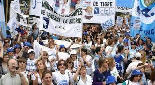 Gobierno bonaerense vuelve a ofrecer 22,6% de aumento y los docentes lo rechazan