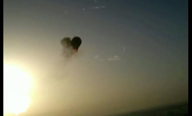 Video: Globo aerostático explota en el aire y cae al vacio