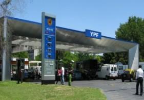 Congelan por 6 meses el precio los combustibles