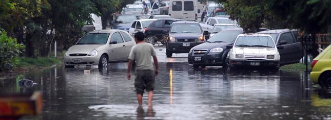 Qué cosas necesita la gente que sufrió la inundación