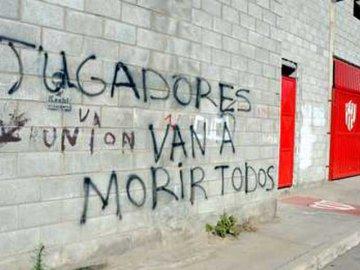 """En Unión de Santa Fe """"hay bala para todos"""""""