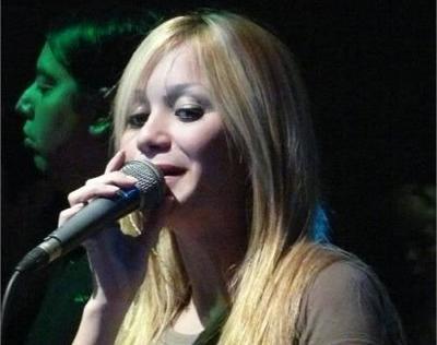 Video inédito: Karina la princesita cantando en inglés