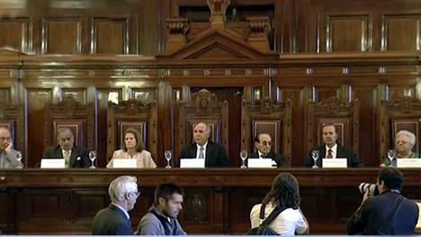"""El Papa pidió a Lorenzetti no perder """"el ánimo"""" ante las """"dificultades"""""""