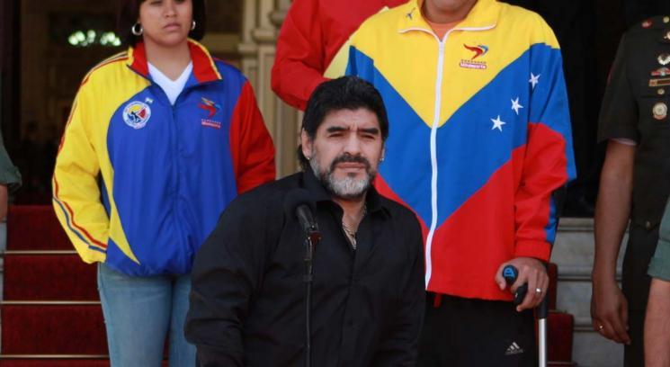 Maradona estará en el cierre de campaña de Maduro