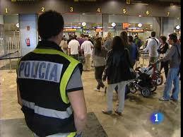 Madrid: detienen a 5 mulas argentinas con cocaína en el aeropuerto