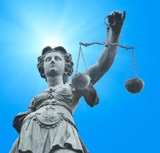 Presentan el primer amparo contra la reforma del sistema judicial