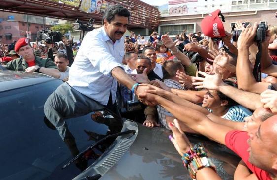 Cristina felicitó al pueblo venezolano y saludó a su nuevo Presidente