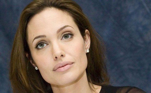 Angelina Jolie se sometió a una doble mastectomía para prevenir el cáncer