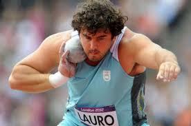 Germán Lauro logro la medalla de plata de en Qatar en atletismo