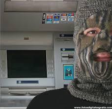 Hackers roban 45 millones de dólares de cajeros automáticos