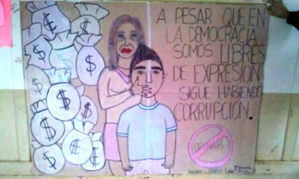 Un alumno hace un dibujo de Cristina con bolsas de dinero y provoca un escandalo en Misiones