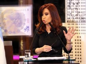 """Cristina """"Los que pretendan ganar a costa de devaluaciones, van a tener que esperar a otro gobierno"""""""