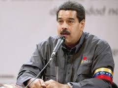 """Maduro les dará armas a 2 millones de obreros """"para defender la revolución"""""""
